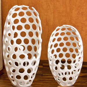 Artifacts-White Latticed Decoration Piece