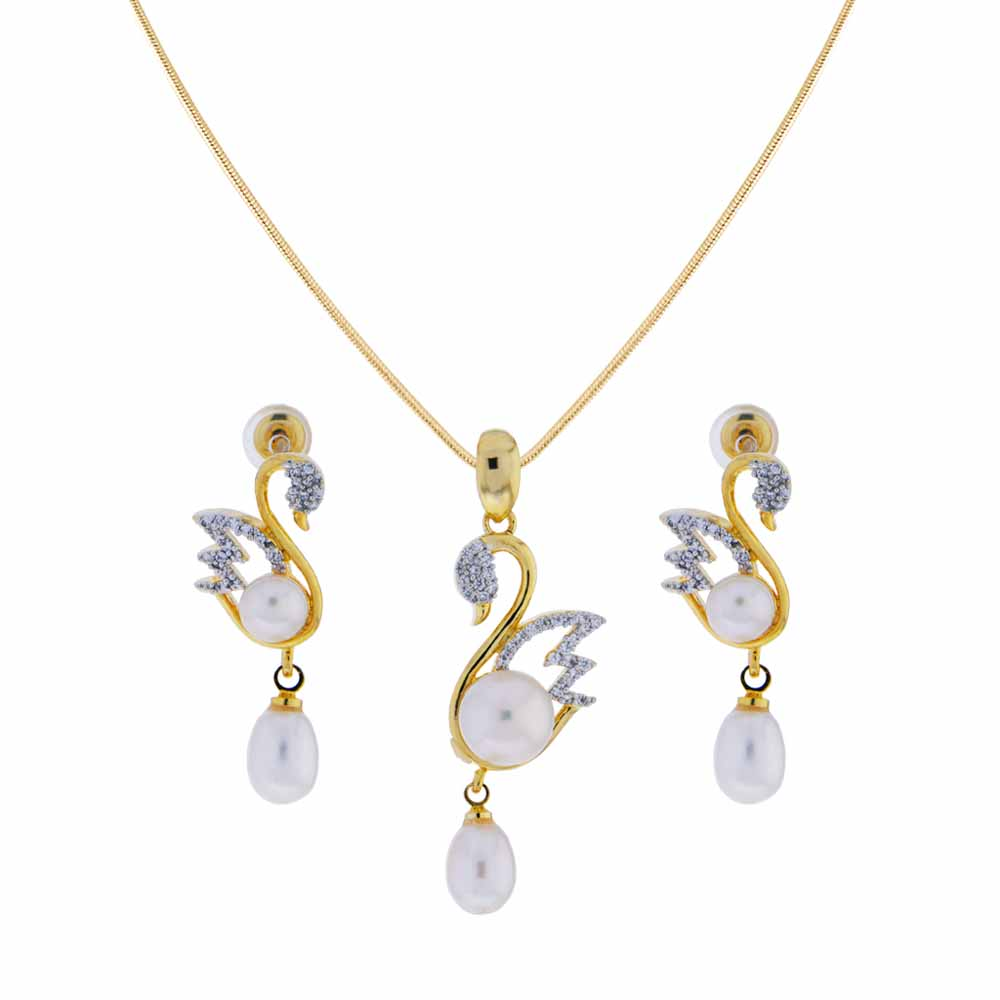 Surat Diamond-Swan Pendant Set