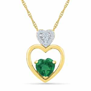 Diamond Pendants-Showy Emerald Pendant