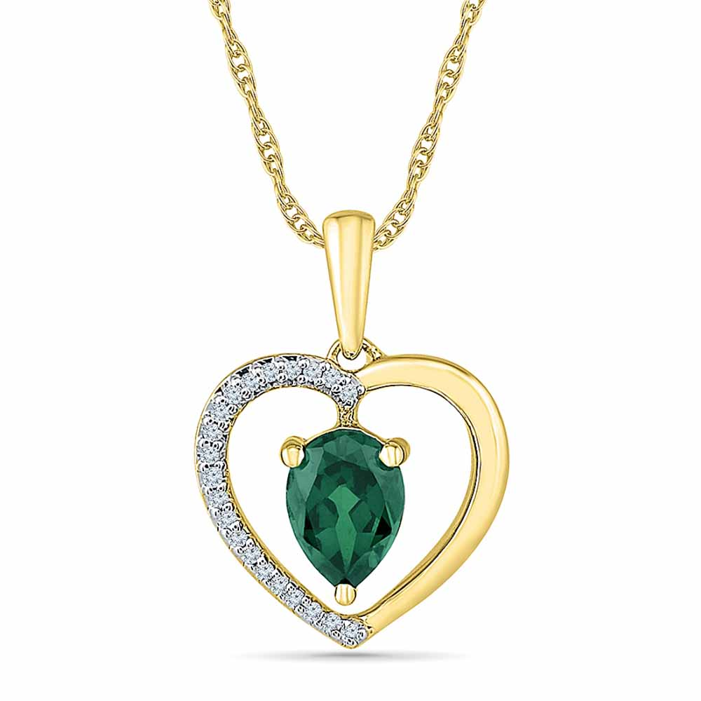 Engaging Emerald Pendant
