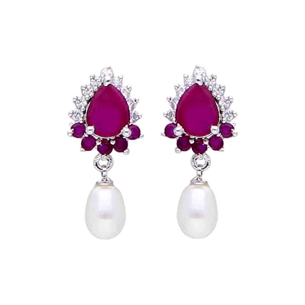 Dora Pearl Earrings