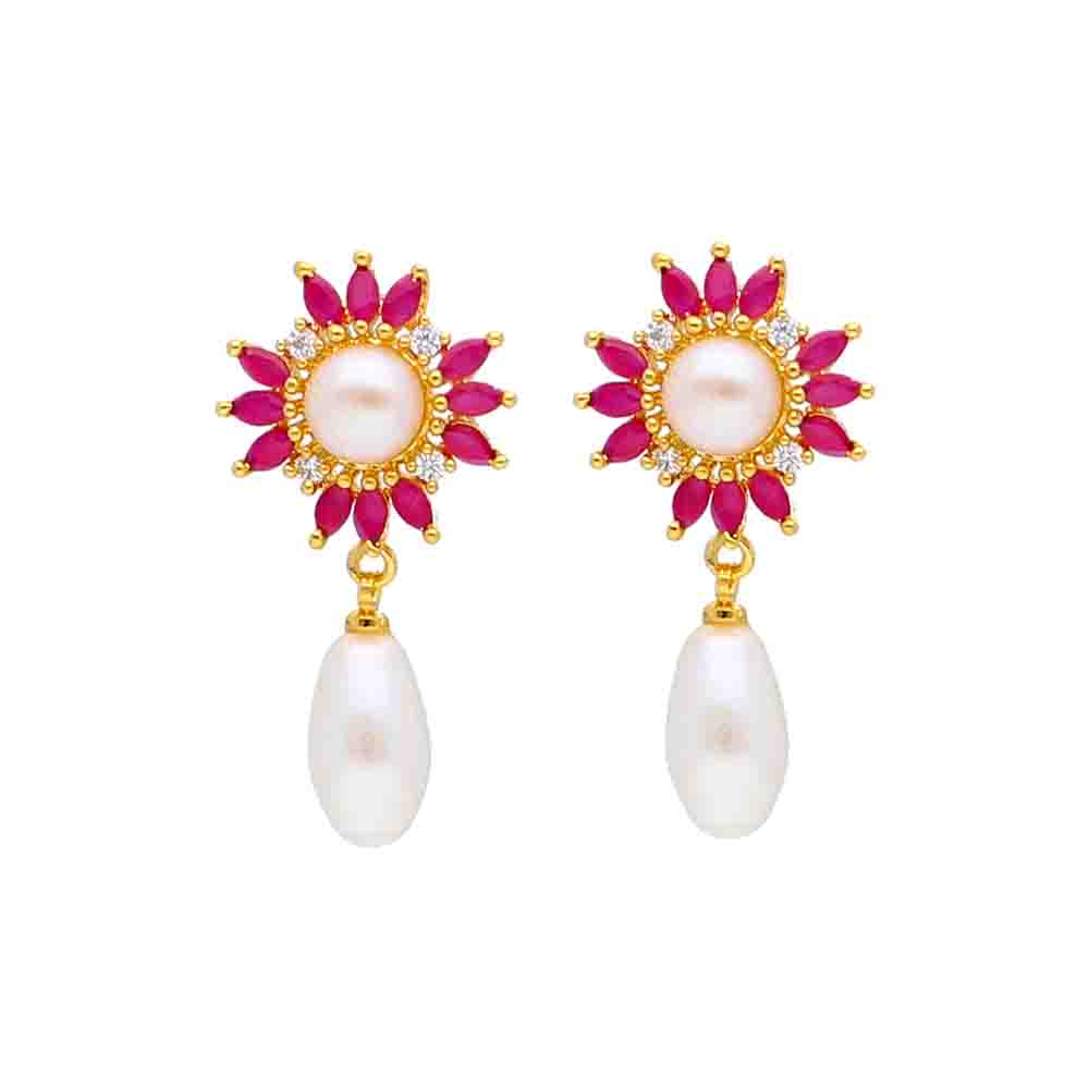 Laya Pearl Earrings