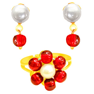 Pearl Earrings & Ring Set