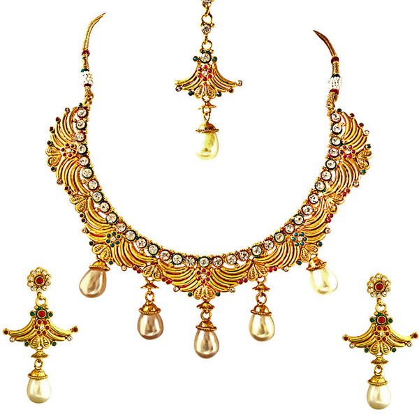 Necklace, Earrings & Manga Tikka Jewellery Set