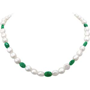 Pearl Necklaces-Emerald and Pearl Necklace