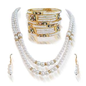 Pearl Sets-Shell Pearl Set with Bangles