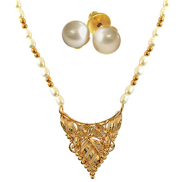 Traditionally Designed Necklace with Pearl Studs