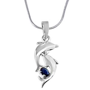 Silver Pendants-Blue Oval Sapphire & Sterling Silver Pendant