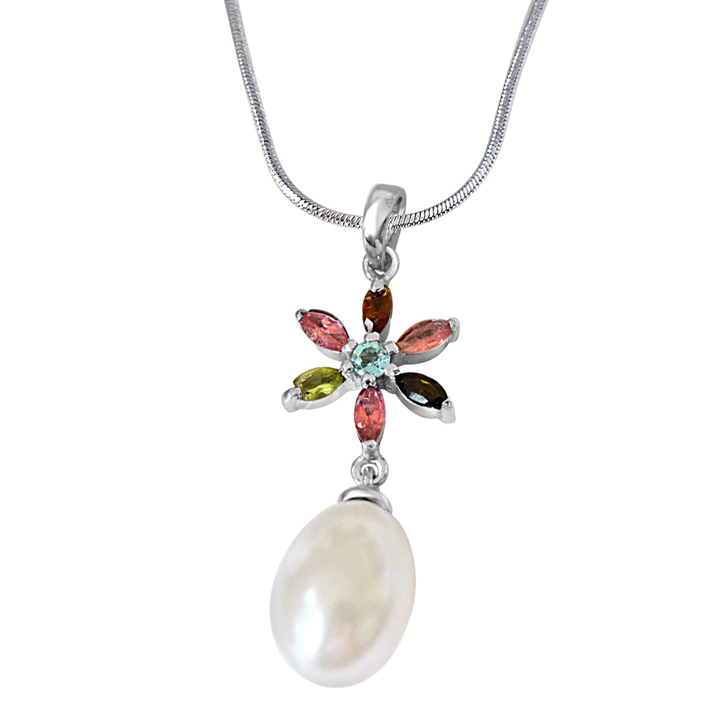Flower Shaped Real Pearl & Gemstone Pendant