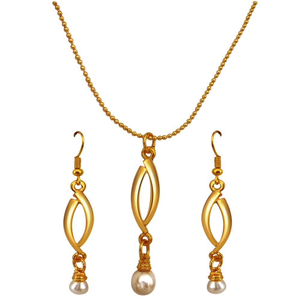 Shell Pearl Pendant Jewellery Set