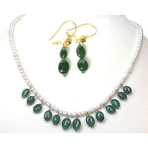 Real Green Oval Emerald Necklace Set