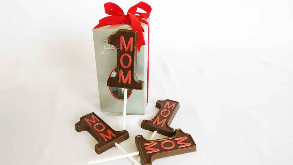 No 1 MOM chocolate lollipop