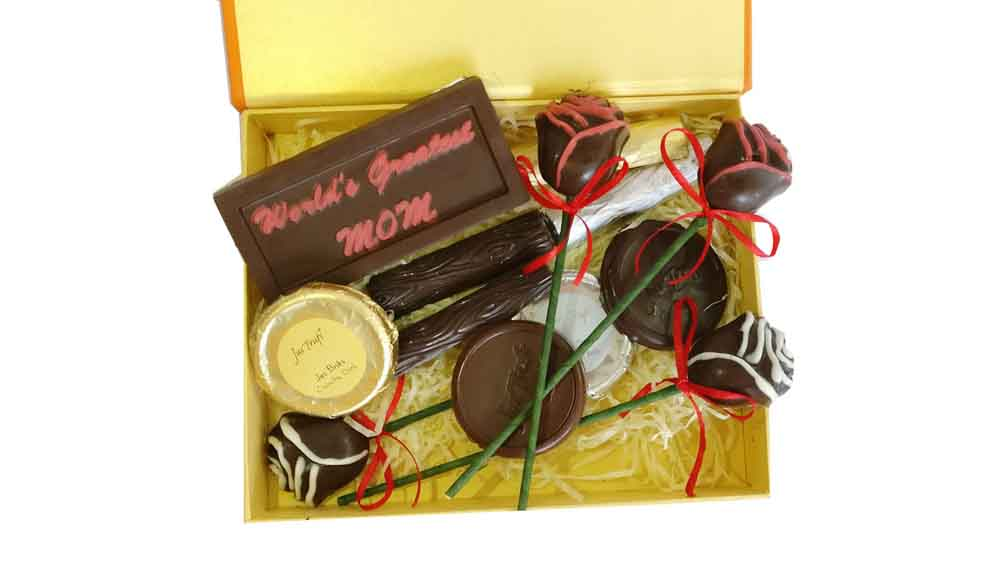 Mom you deserve the Best Chocolate Hamper