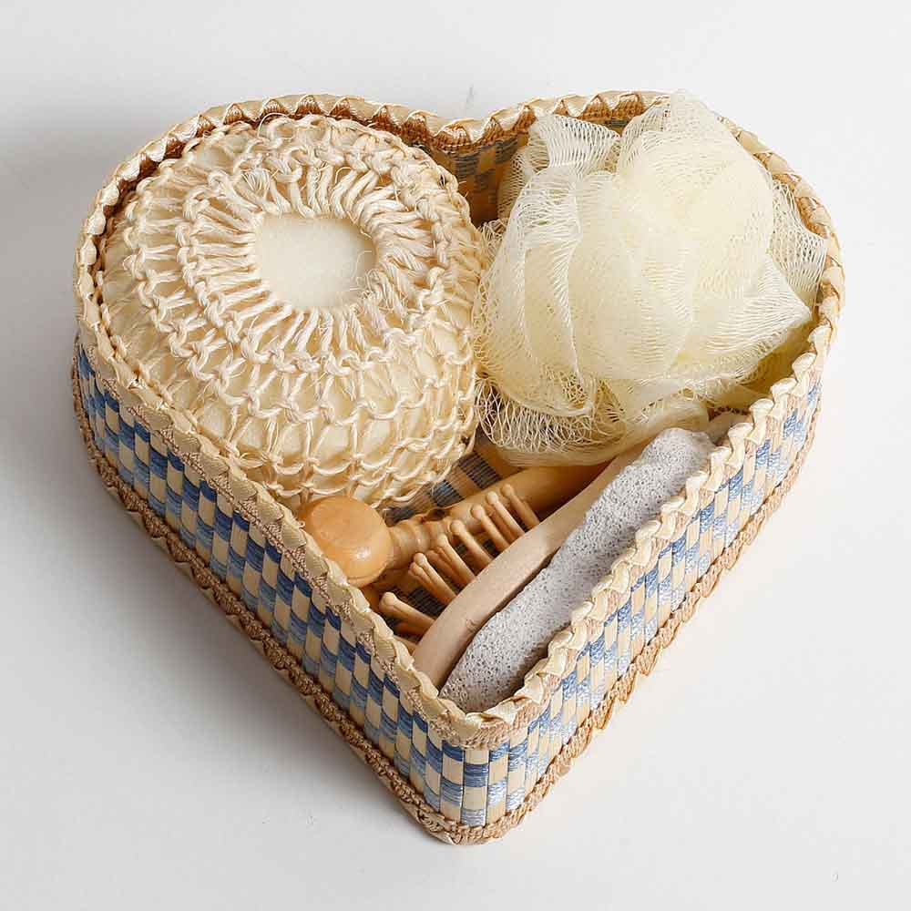 Heart Shaped Bath Set Gift Box