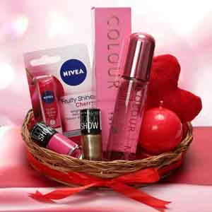 Gift Hampers-Love Being A Woman