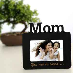 Personalized Gifts-Lovely Mom Personalized Frame