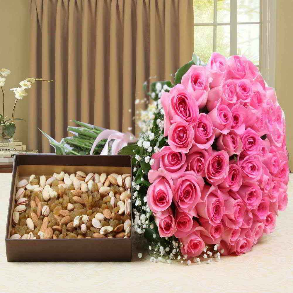 Hand Bouquet Pink Roses with Assorted Dry Fruits for Mother