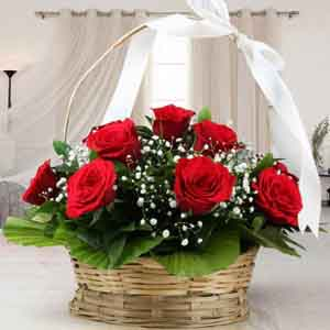 Fresh Flowers-Adorable Arrangement of Red Roses