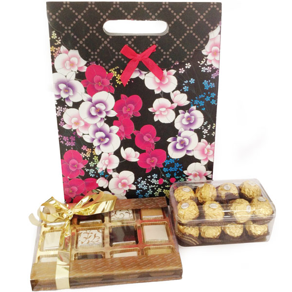 Chocolate Hampers-Belgian Chocos & Ferrero Hamper