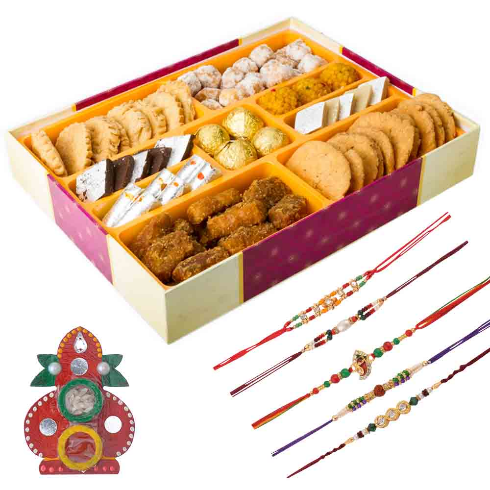 Bikanervala Traditions of India with Family Rakhi Set(Set of 5 Rakhis)