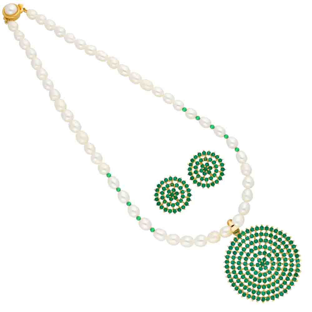 Green Circular Shape Pearl Pendant Set