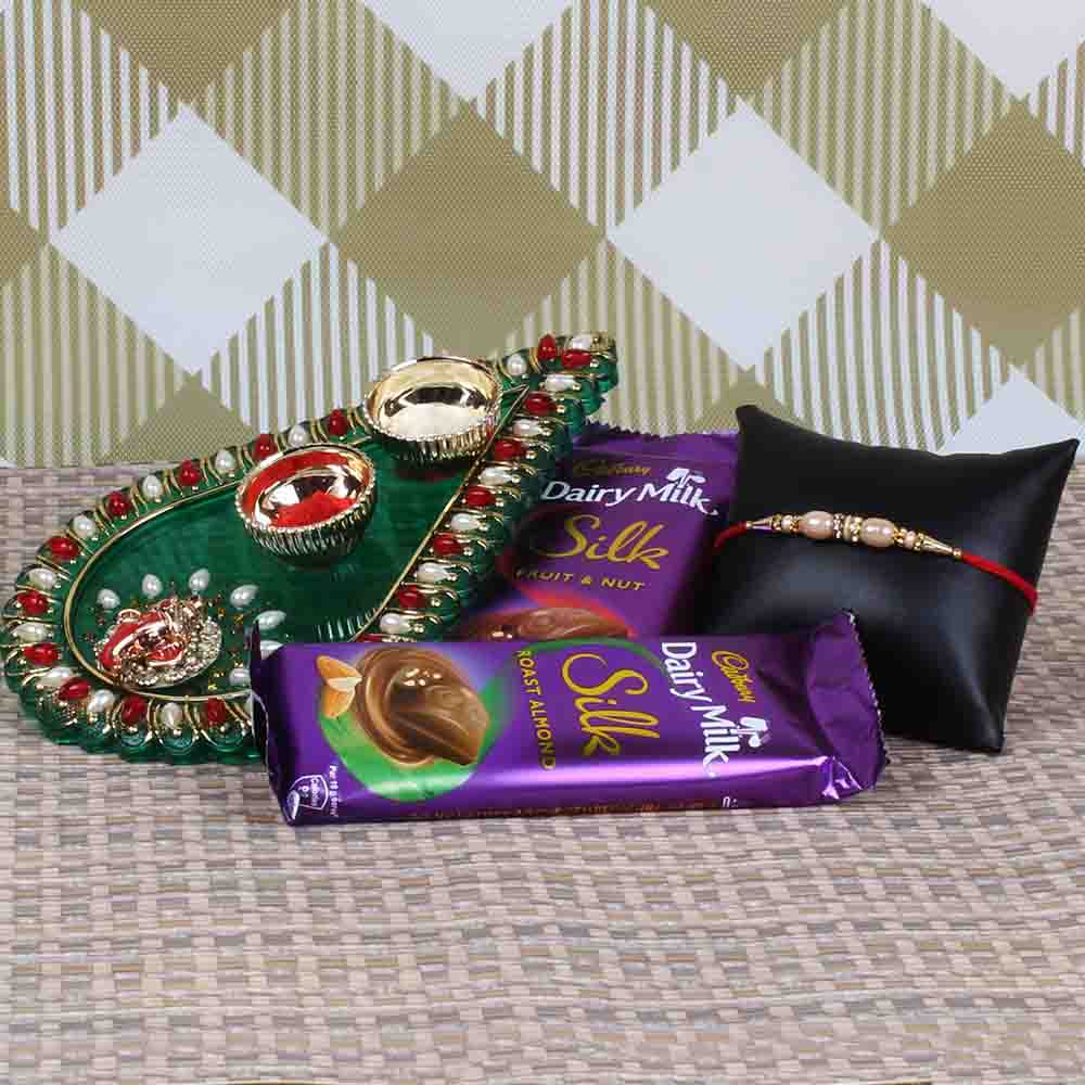 Attractive Rakhi Puja Hamper