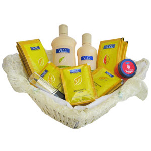 Beauty & Spa Hampers-VLCC Anti Tan Traveller's Beauty Care Basket