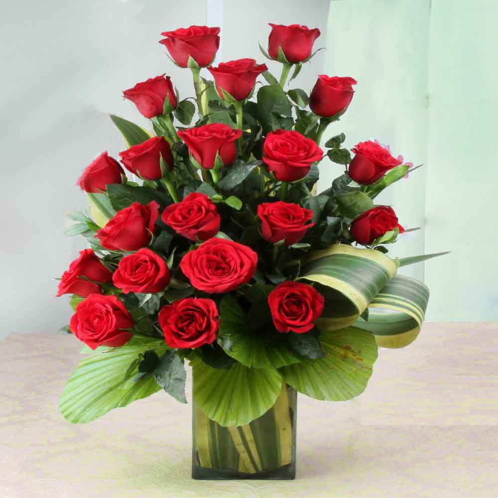 Ravishing Twenty Red Roses in Glass Vase