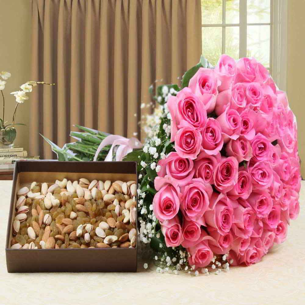 Flowers & Dryfruits-Hand Bouquet Pink Roses with Assorted Dry Fruits