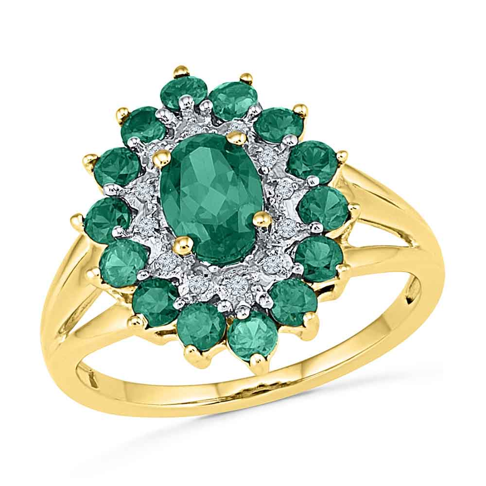 Extravagant Emerald Finger Ring