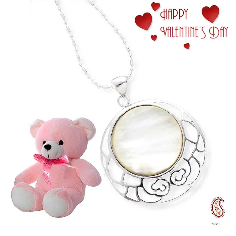 Round Shell Silver Pendant with Free Teddy & Valentine's Card.