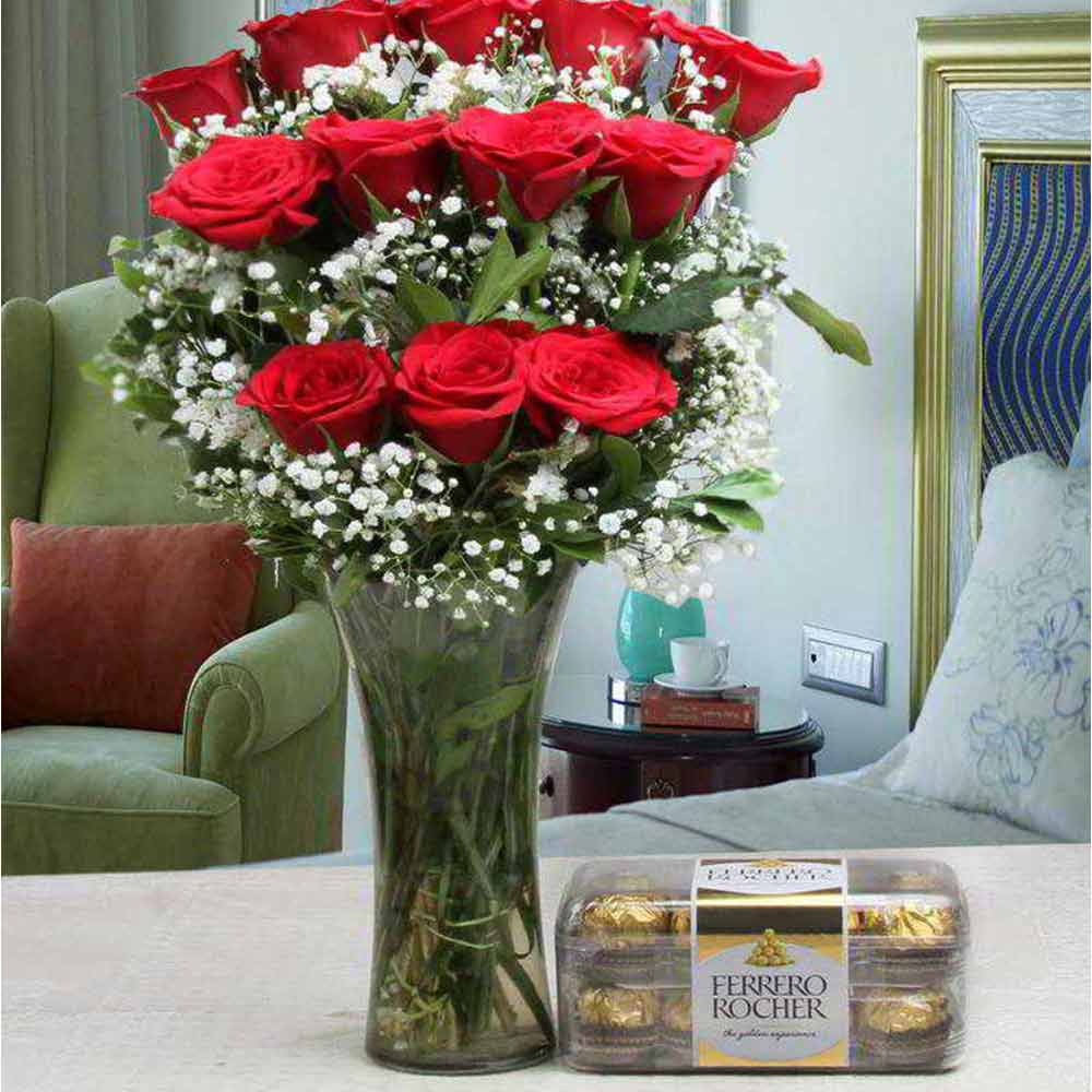 Valentine Love Gift of Ferrero Rocher Chocolate Box and Red Roses