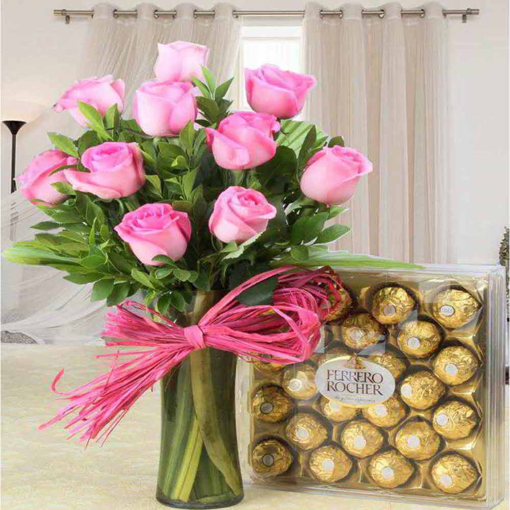 Stunning Valentine Gift of Ferrero Rocher Chocolate with Pink Roses