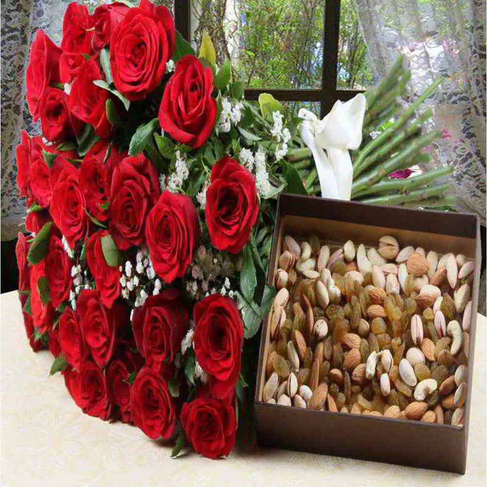 Valentine Roses Bouquet with Assorted Dry Fruits