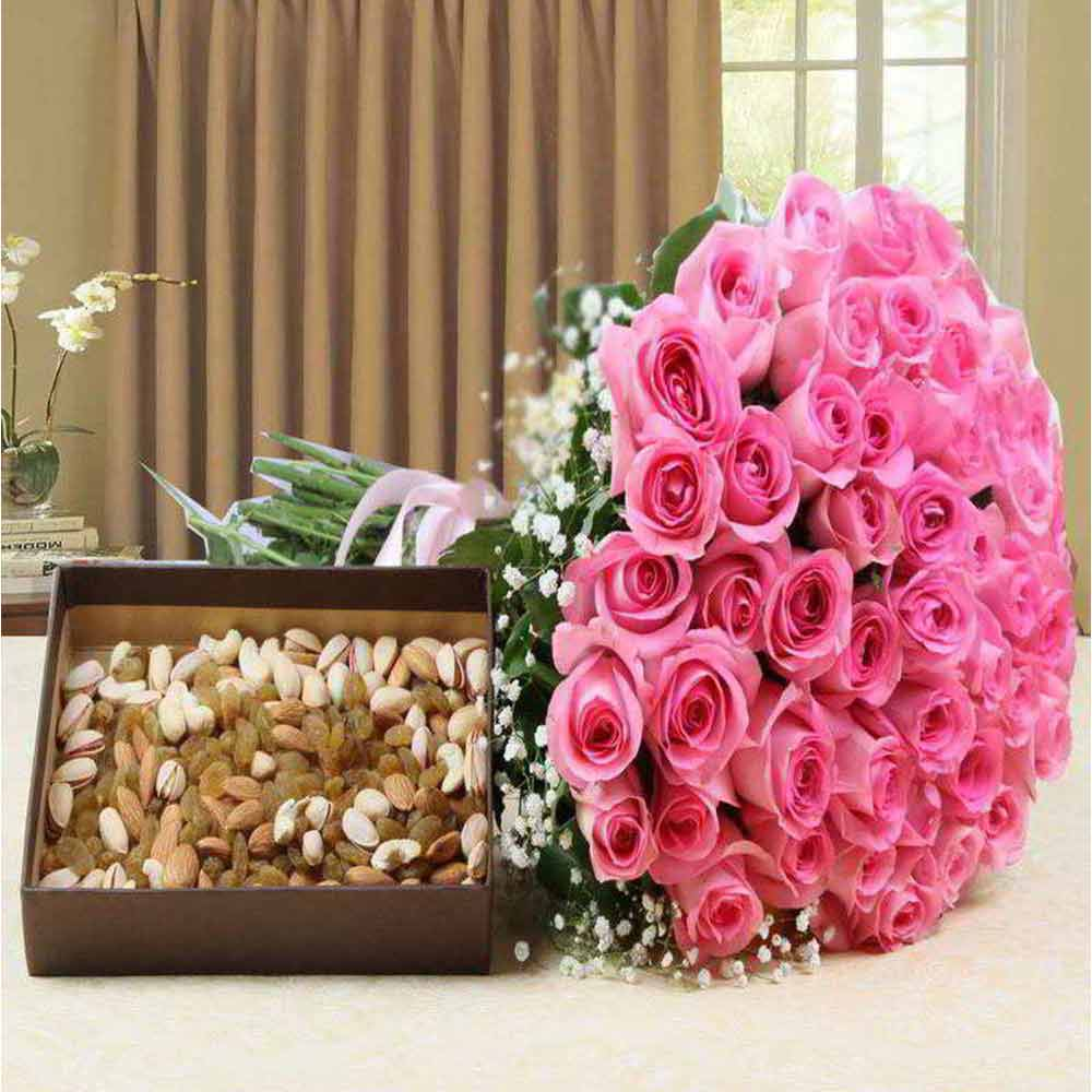 Soft Toy Hampers-Hand Bouquet Pink Roses with Assorted Dry Fruits For Valentine Gift