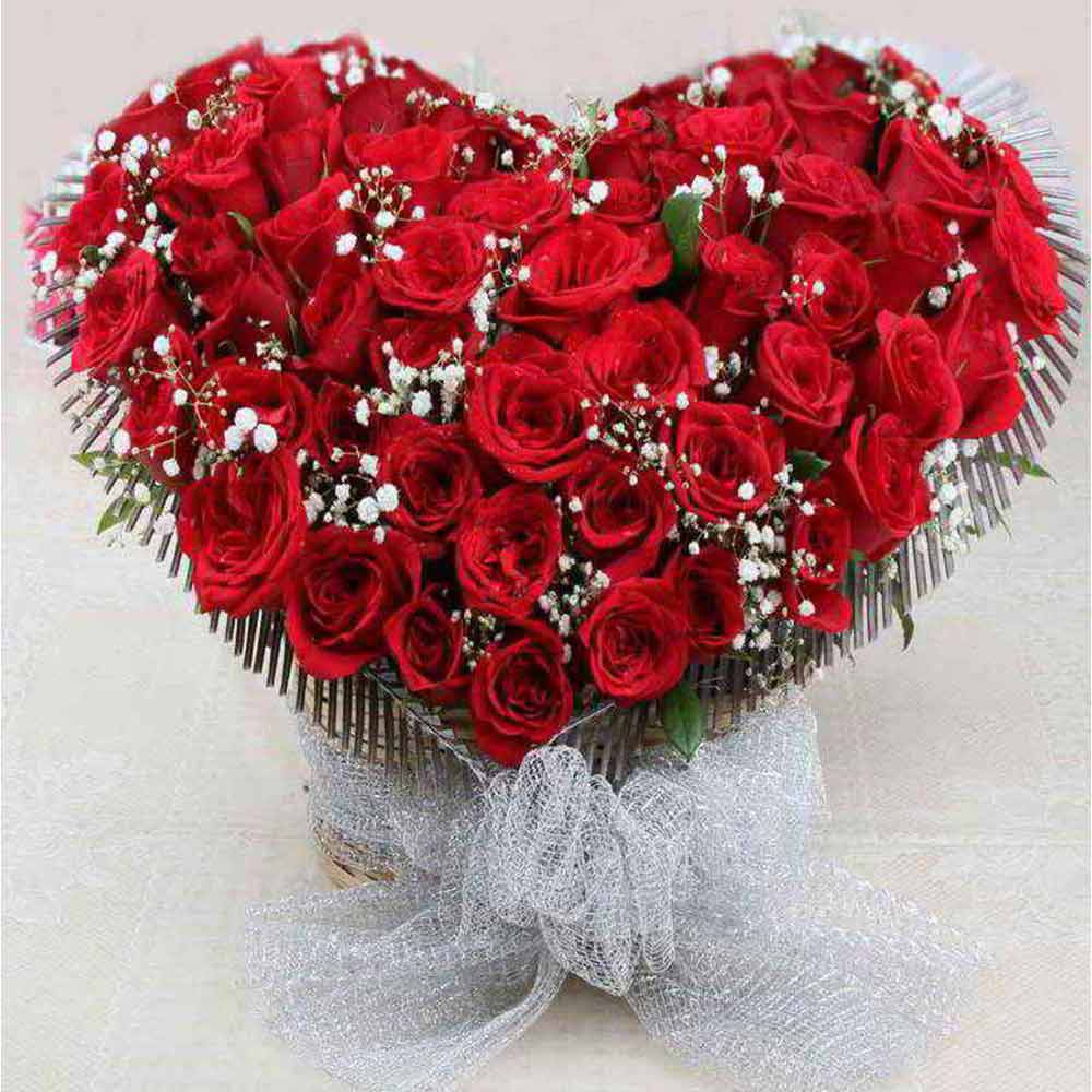 Flowers & Cakes-Romantic Heart Shape Arrangement of Red Roses