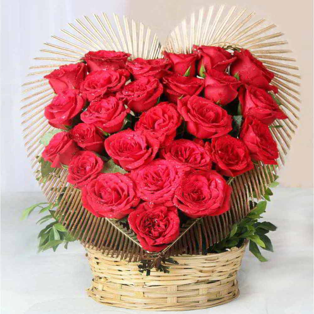 Romantic Red Roses Heart Shape Arrangement For Valentine