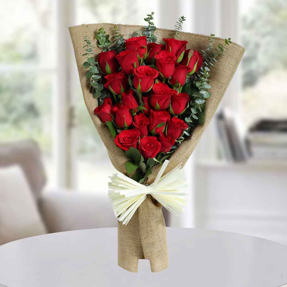 Classic Red Roses Bunch