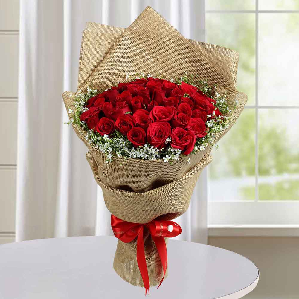 Valentine Roses-Appealing Red Roses Bunch