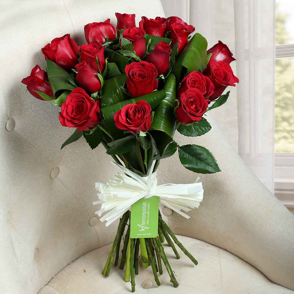 Valentine Roses-Lovely Red Roses Bunch