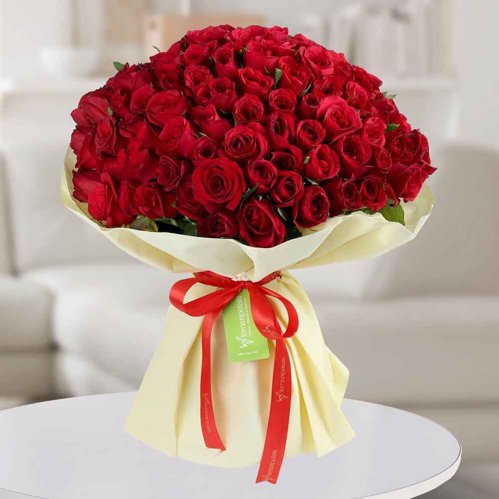 Enchanting Red Roses Bunch