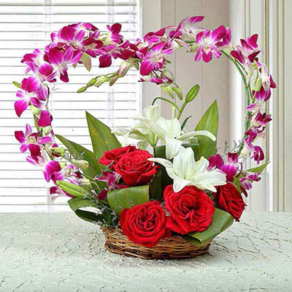 Fresh Flowers-Floral Heartshaped Arrangement
