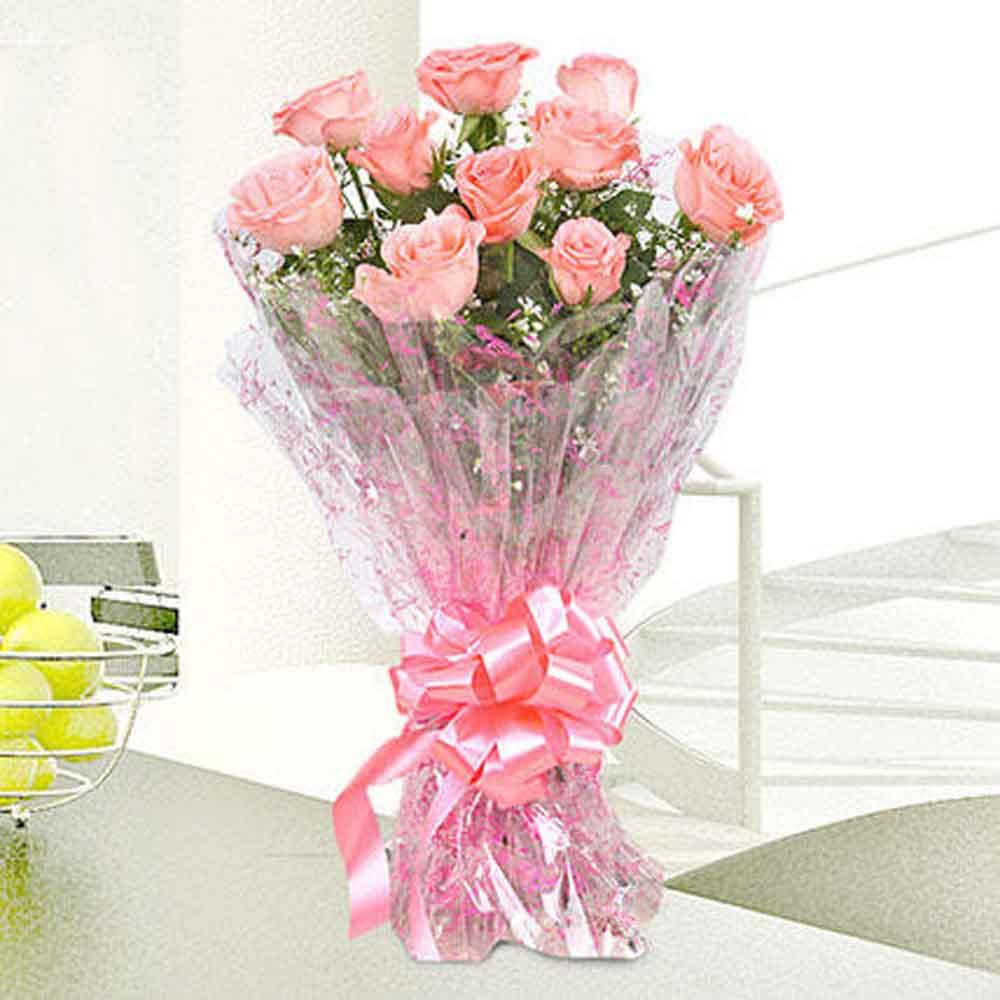 View 10 Charming Pink Roses Bouquet