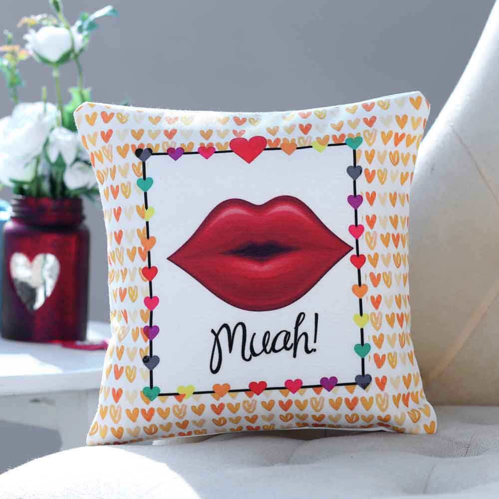 The Kissing Cushion