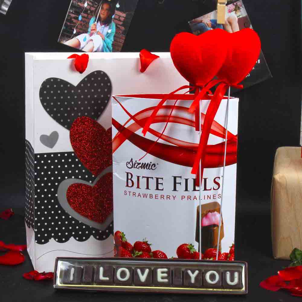 Valentine Hampers-I Love You Chocolate Combo