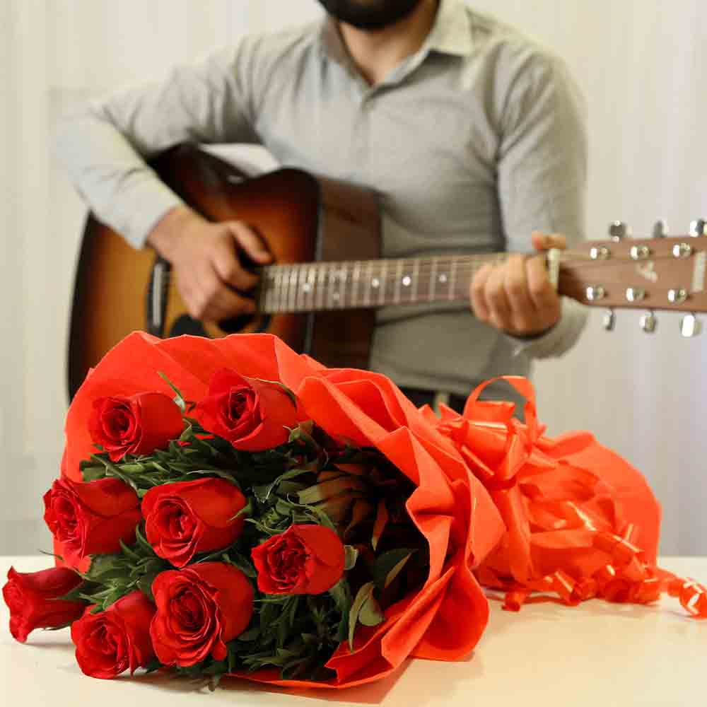 Red Roses Romantic Tunes Combo