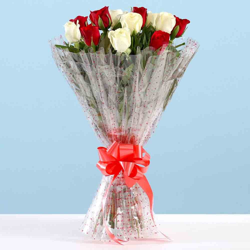 Valentine Roses-Bunch Of Red White Roses