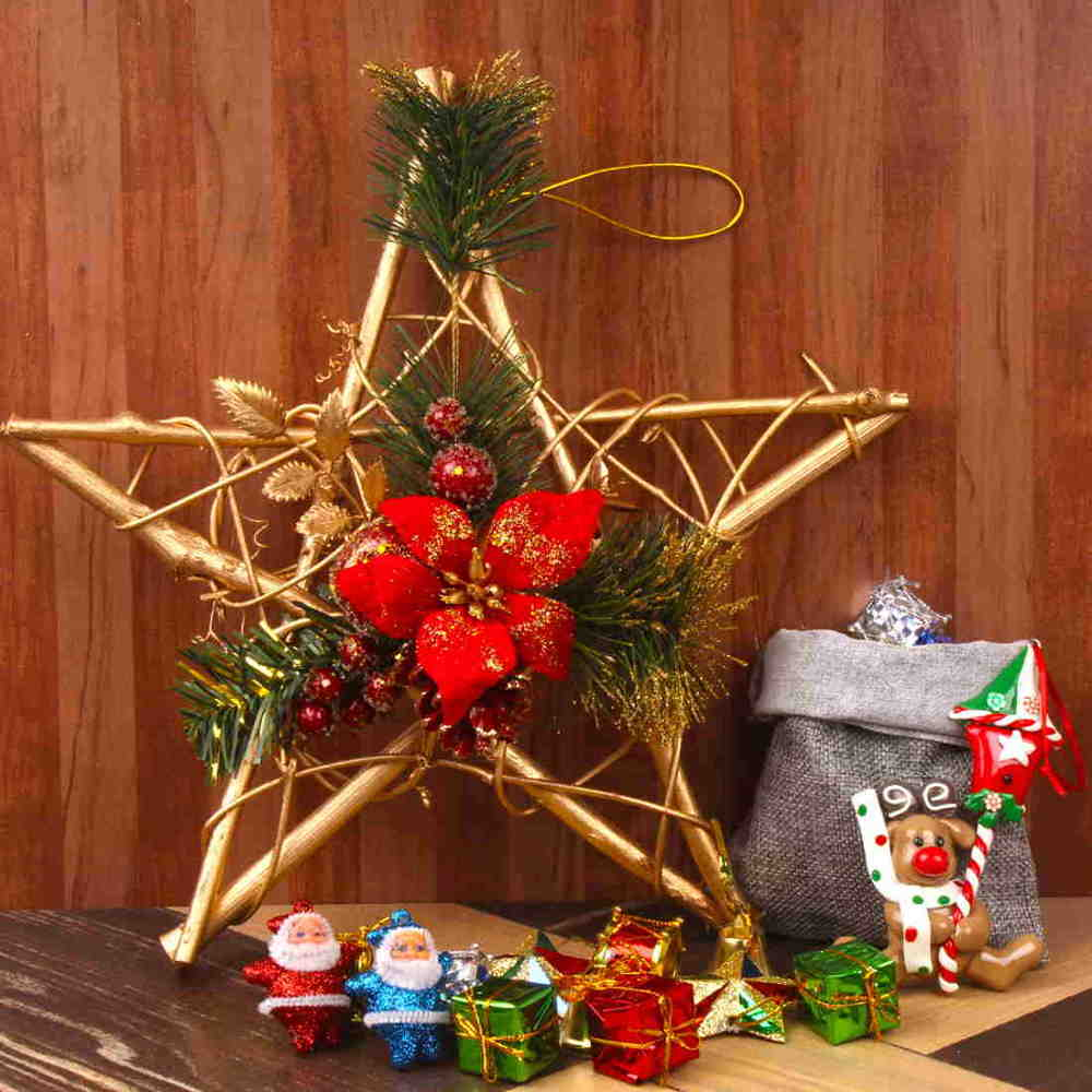 Christmas Tree Ornaments With Star Wreath