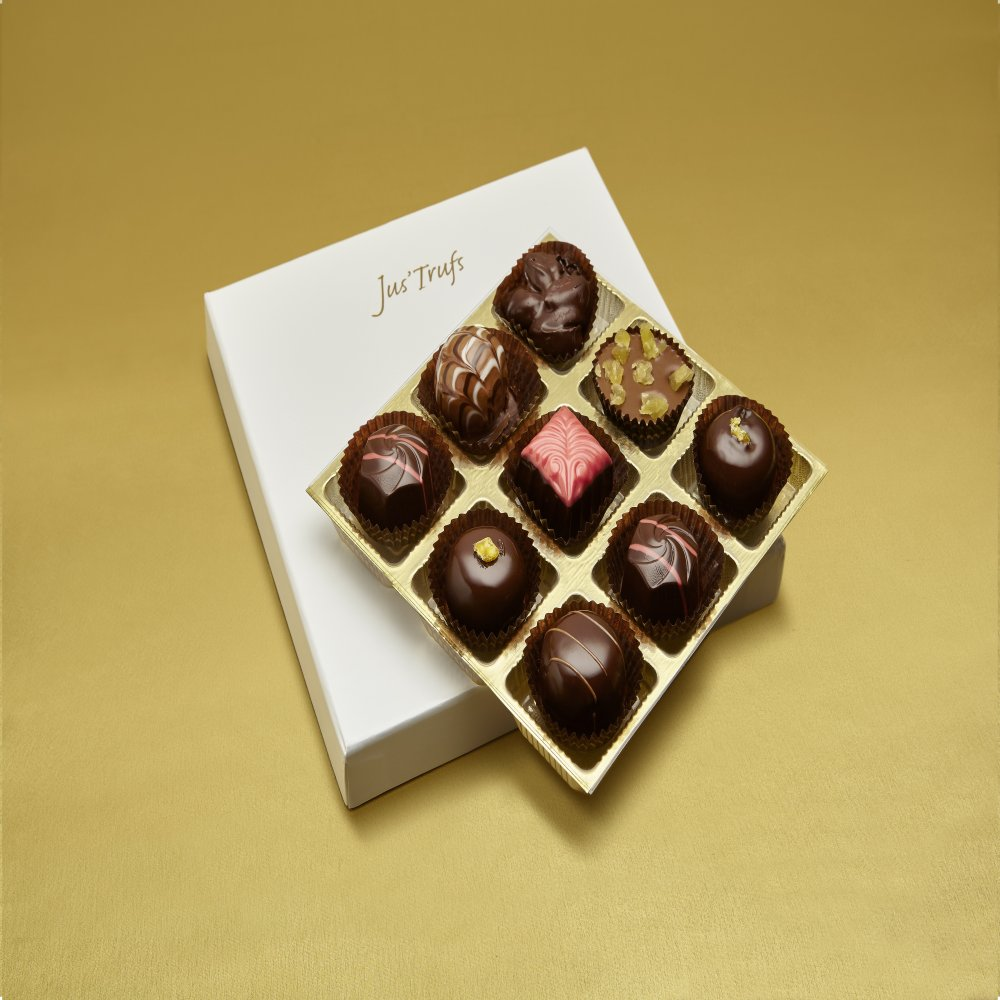 Christmas Luxury Assortment of Chocolate Truffles box of 9