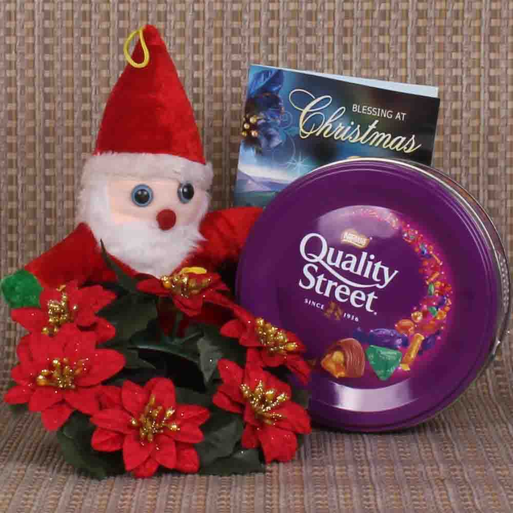 Santa Toy and Rosette Xmas Wreath with Chocolate